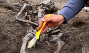 Arqueólogo descobre sepultura de vampiro da Idade Média 02