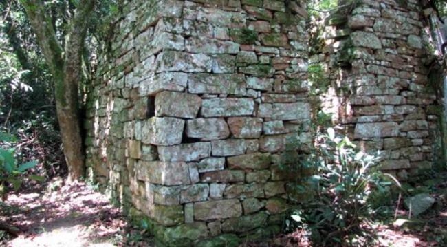 Ruinas nazistas 01