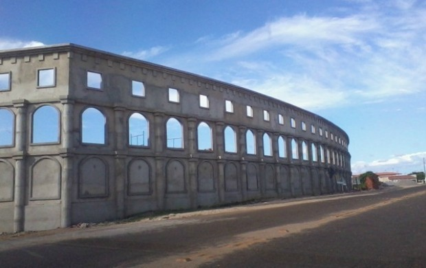 Coliseu no Ceará 01