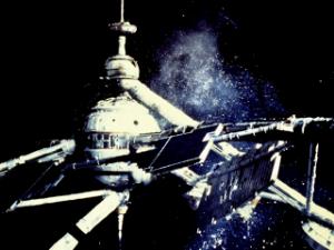 A estação espacial de Sir Hugo Drax.